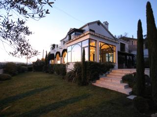 Villa with sea view and pool in Cannes - Cannes vacation rentals