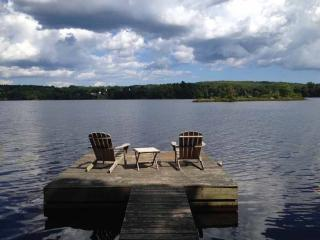 Little Tree Cottage - Union vacation rentals