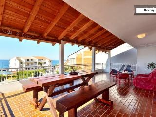 Luxury apartments Keko by the sea - Krilo Jesenice vacation rentals