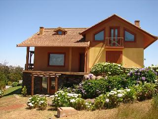 LAGOA GARDEN STUDIO,cozy flat in the mountains !!! - Santo da Serra vacation rentals