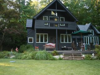Private House in the Woods w/ Pool,Hot Tub, Sauna - Hudson Valley vacation rentals
