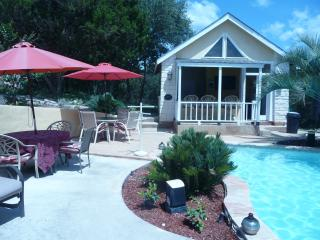 Hill Country Resort Getaway with hot tub and diving pool-Owners' Suite - Helotes vacation rentals