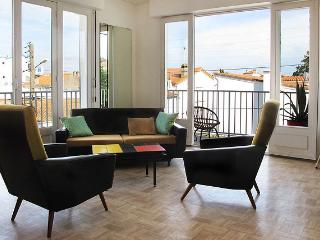 CasaModernista - centre Royan - calme et lumineux - Royan vacation rentals