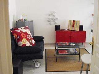 Appart 2 pièces climatisées de standing au calme - Grimaud vacation rentals