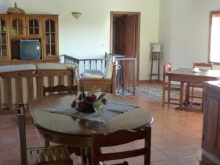 Comfortable Cottage with Television and Balcony - Chaves vacation rentals