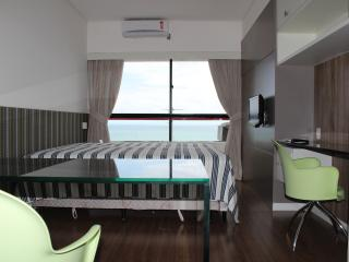 Flat views of the sea in Boa Viagem - Recife vacation rentals