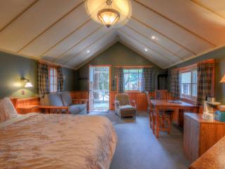 Johnston Canyon Fireplace Cottage #2 - Alberta vacation rentals