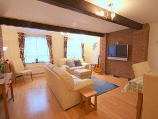 Canterbury City - Executive - 2 Bedroom Apartment - Canterbury vacation rentals