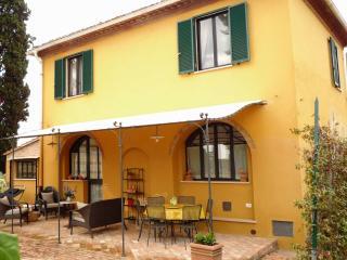 Villino la Chicca - Siena vacation rentals