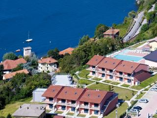 Charming 1 bedroom Dervio Apartment with Television - Dervio vacation rentals