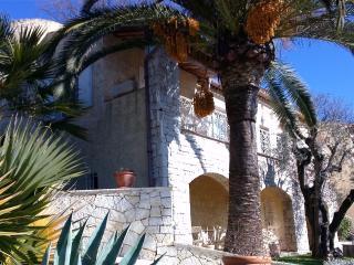 2 pièces dans propriété à Gattières - Gattieres vacation rentals