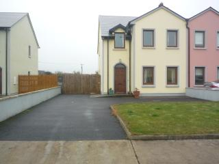 Dun Na Mara, Close to Donald Trump Int Golf Course - Doonbeg vacation rentals