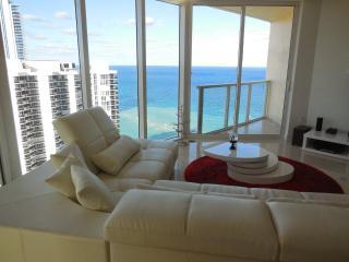 LA PERLA CONDOMINIUM UNIT 3007- OCEAN VIEW!! - Sunny Isles Beach vacation rentals