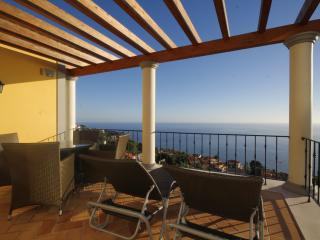 2 Bed Apartment Palheiro Spa - Funchal vacation rentals