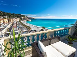 OPERA - Seafront with rooftop terrace and AC - Nice vacation rentals