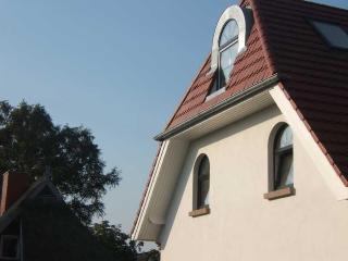 Vacation Apartment in Zingst - 538 sqft, quiet, central, bright (# 5171) - Stralsund vacation rentals