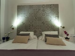 APTO ALVAREZ QUINTERO, 6 - Seville vacation rentals