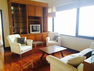 Sathorn Central 3 bedrooms apartment in Suan Phlu - Bangkok vacation rentals