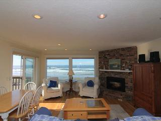 Newly Remodeled Ocean Front Home In Road's End w/ Fabulous Amenities! - Lincoln City vacation rentals