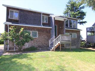 4 bedroom House with Dishwasher in Lincoln City - Lincoln City vacation rentals