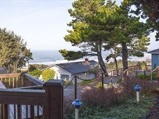 Beautifully appointed rental units in Roads End, each come with hot tub! - Lincoln City vacation rentals