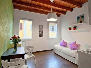 1 bedroom Condo with Internet Access in Florence - Florence vacation rentals