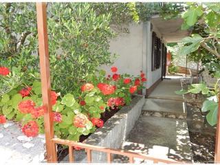 7996 A1 donji(3+2) - Okrug Donji - Okrug Donji vacation rentals