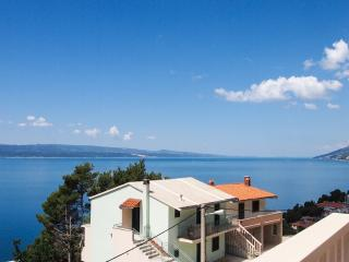 Romantic 1 bedroom Apartment in Brela - Brela vacation rentals