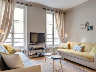 LOUVRE PONT-NEUF : 2BR / 2BA by the Louvre - Paris vacation rentals