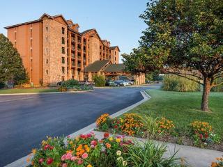 Westgate Branson Woods Resort - 2 Bedroom Villa - Branson vacation rentals