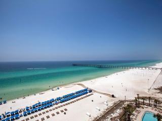 Beautiful Apartment with A/C and Central Heating - Panama City Beach vacation rentals