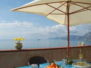 Casa dei Fiori with sea view - Amalfi coast - Praiano vacation rentals