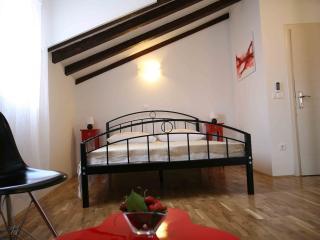 Rooms Beljan in the old town - Trogir vacation rentals