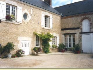 Charming 4 bedroom Guest house in Marolles - Marolles vacation rentals