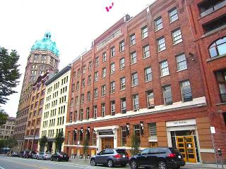 1911 Luxury Heritage Loft downtown Vancouver - Vancouver vacation rentals