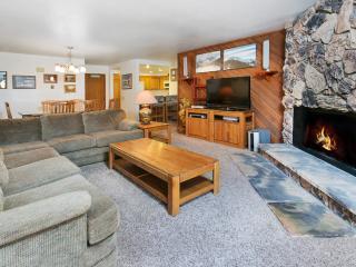 Aspen Creek 107 - Mammoth Condo - Near Eagle Lift - Mammoth Lakes vacation rentals
