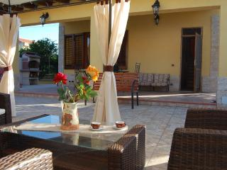 VILLA SALVIA beach close - Cefalu vacation rentals