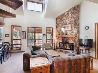 Aspen Creek 230 - Mammoth Condo - Near Eagle Lift - Mammoth Lakes vacation rentals