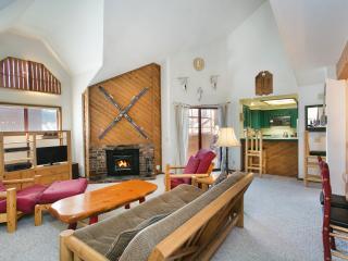 Aspen Creek 309 - Mammoth Condo - Near Eagle Lift - Mammoth Lakes vacation rentals
