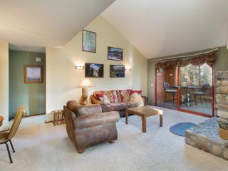 Aspen Creek 312 - Mammoth Rental - Near Eagle Lift - Mammoth Lakes vacation rentals