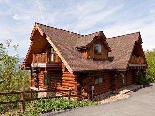 """Great Alpine Lodge"" ~ Huge 6 BR Log Cabin, Direct Mountain Views, Pool Access - Gatlinburg vacation rentals"