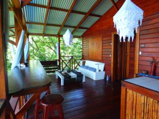 2 bedroom House with Water Views in Isla Bastimentos - Isla Bastimentos vacation rentals