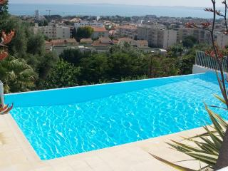 Nice Condo with Internet Access and A/C - Saint-Laurent du Var vacation rentals