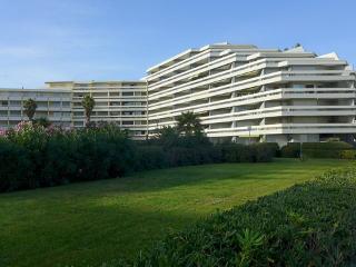 Le Beaupré ~ RA42715 - Canet-Plage vacation rentals