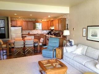 Cozy Condo with Shared Outdoor Pool and Balcony - Birch Bay vacation rentals