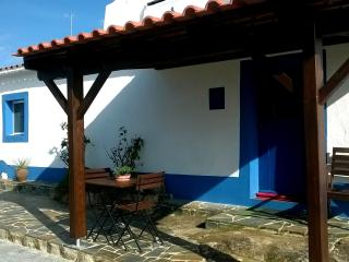 Nice House with Internet Access and Garden - Évora vacation rentals