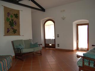 Agriturismo Il Pino Gran suite 'Vigna' - Deruta vacation rentals