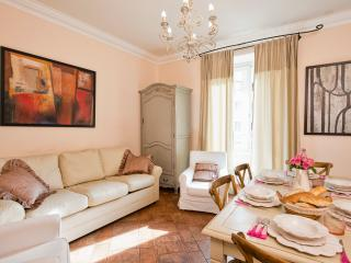 3 Bedrooms  near the Coliseum - Rome vacation rentals