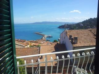 Residence apartment with swimingpool and tennis - Porto Santo Stefano vacation rentals