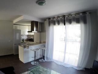 Summerland 1 bedroom apartment, Los Cristianos - Los Cristianos vacation rentals